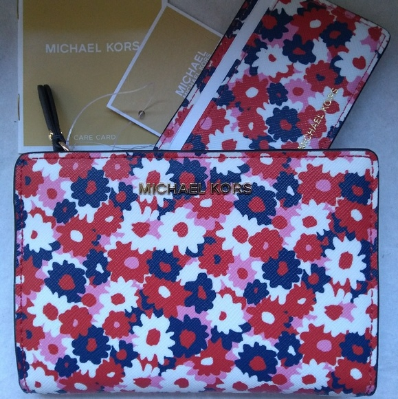 4a0618cf35ff Michael Kors Bags | Medium Carnation Slim Wallet Begonia | Poshmark